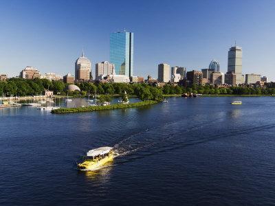 https://imgc.allpostersimages.com/img/posters/city-skyline-across-the-charles-river-boston-massachusetts-new-england-usa_u-L-P1K24W0.jpg?p=0