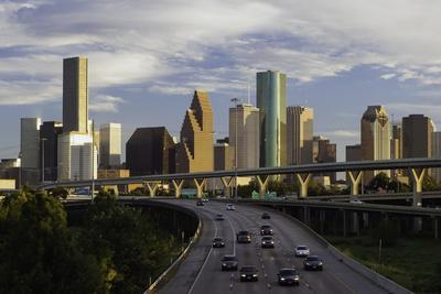 https://imgc.allpostersimages.com/img/posters/city-skyline-and-interstate-houston-texas-united-states-of-america-north-america_u-L-PQ8T9Z0.jpg?p=0