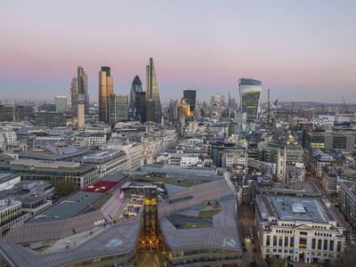 https://imgc.allpostersimages.com/img/posters/city-skyline-from-st-pauls-london-england-united-kingdom_u-L-PWFC8U0.jpg?p=0