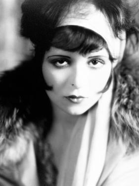 Clara Bow, 1927