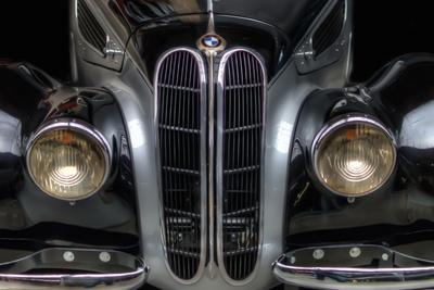 https://imgc.allpostersimages.com/img/posters/classic-car_u-L-PZ0T700.jpg?p=0