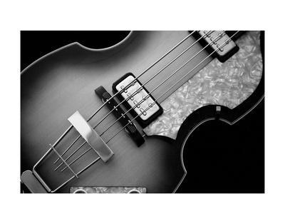 https://imgc.allpostersimages.com/img/posters/classic-guitar-detail-x_u-L-F8CF0G0.jpg?p=0