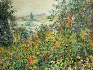 Flowering Meadow, Vetheuil, 1880 by Claude Monet