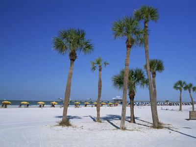 https://imgc.allpostersimages.com/img/posters/clearwater-beach-florida-united-states-of-america-north-america_u-L-P7NUZK0.jpg?p=0