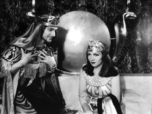 CLEOPATRA, 1934 directed by CECIL BeMILLE Claudette Colbert (b/w photo)