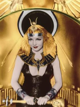 CLEOPATRA, 1934 directed by CECIL BeMILLE Claudette Colbert (photo)
