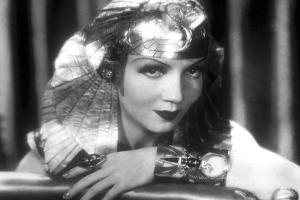 Cleopatra 1934 Directed by Cecil Bemille Claudette Colbert
