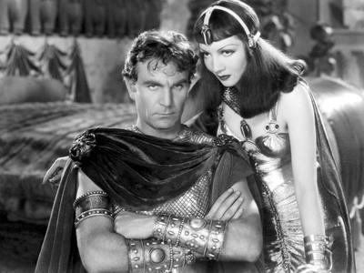 https://imgc.allpostersimages.com/img/posters/cleopatra-1934-directed-by-cecil-bemille-henry-wilcoxon-and-claudette-colbert-b-w-photo_u-L-Q1C3TZG0.jpg?artPerspective=n
