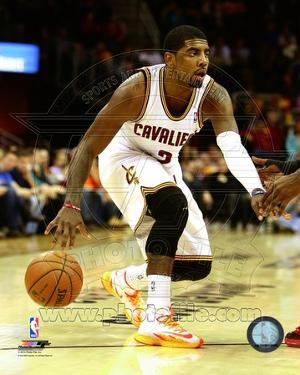 Cleveland Cavaliers Kyrie Irving 2013-14 Action