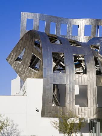 https://imgc.allpostersimages.com/img/posters/cleveland-clinic-lou-ruvo-center-for-brain-health-architect-frank-gehry-las-vegas-nevada-usa_u-L-PFNQ2J0.jpg?p=0