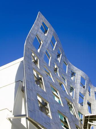 https://imgc.allpostersimages.com/img/posters/cleveland-clinic-lou-ruvo-center-for-brain-health-architect-frank-gehry-las-vegas-nevada-usa_u-L-PFNQ3H0.jpg?p=0