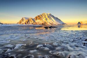 Gymsoya, Lofoten islands, Norway by ClickAlps