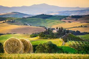 Orcia Valley, Tuscany, Italy by ClickAlps