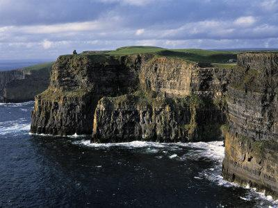 https://imgc.allpostersimages.com/img/posters/cliffs-of-moher-county-clare-ireland_u-L-P38B4H0.jpg?p=0