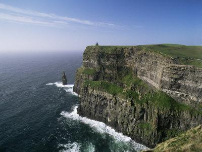 https://imgc.allpostersimages.com/img/posters/cliffs-of-moher-county-clare-munster-eire-republic-of-ireland_u-L-P1JT3W0.jpg?p=0