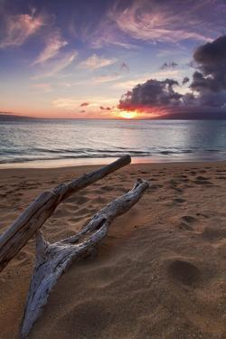 The Sun Setting over the Ocean on North Kaanapali Beach in Maui, Hawaii by Clint Losee