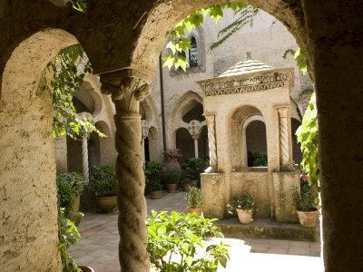 https://imgc.allpostersimages.com/img/posters/cloister-at-villa-cimbrone-ravello-campania-italy-europe_u-L-P91BLB0.jpg?p=0
