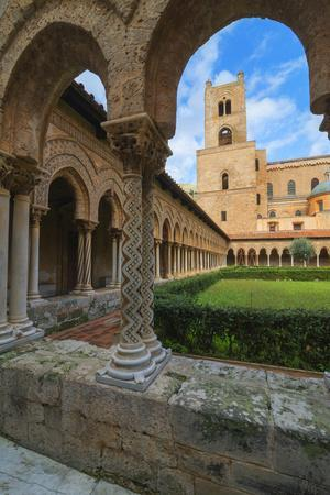 https://imgc.allpostersimages.com/img/posters/cloister-cathedral-of-monreale-monreale-palermo-sicily-italy-europe_u-L-Q1BOKWI0.jpg?p=0