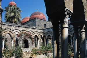 Cloister of St John of the Hermits Church, 6th-12th Century, Palermo, Sicily, Italy