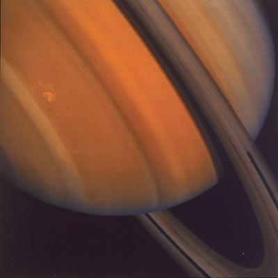 https://imgc.allpostersimages.com/img/posters/close-up-of-saturn-s-rings-1981_u-L-PTVR4D0.jpg?artPerspective=n