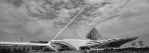 Clouds Over a Museum, Milwaukee Art Museum, Milwaukee, Wisconsin, USA
