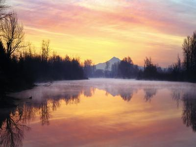 https://imgc.allpostersimages.com/img/posters/clouds-reflected-in-the-whitaker-pond-at-sunrise-oregon-usa_u-L-PN70TO0.jpg?artPerspective=n
