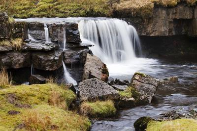 https://imgc.allpostersimages.com/img/posters/clough-force-on-grisedale-beck-near-garsdale-head_u-L-PQ8TPN0.jpg?p=0
