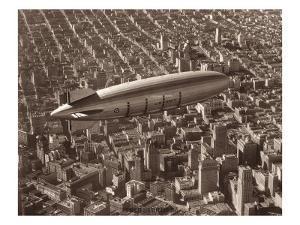 USS Macon, San Francisco, 1933 by Clyde Sunderland