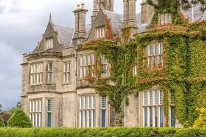 Muckross House by cmfotoworks