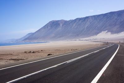 https://imgc.allpostersimages.com/img/posters/coastal-road-atacama-desert-chile_u-L-PWFEMV0.jpg?p=0