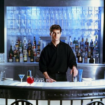 https://imgc.allpostersimages.com/img/posters/cocktail-1987-directed-by-roger-donalson-tom-cruise-photo_u-L-Q1C3SC70.jpg?artPerspective=n