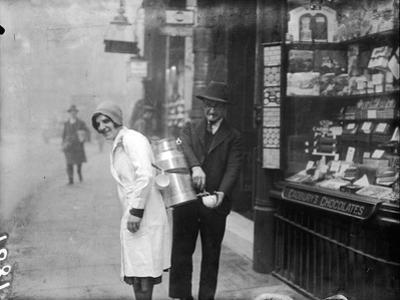 Coffee Seller 1930S