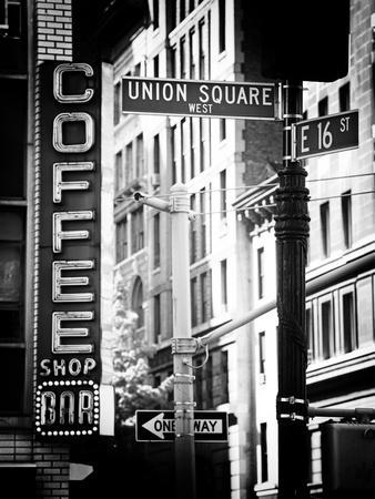https://imgc.allpostersimages.com/img/posters/coffee-shop-bar-sign-union-square-manhattan-new-york-us-old-black-and-white-photography_u-L-PZ1NJA0.jpg?p=0