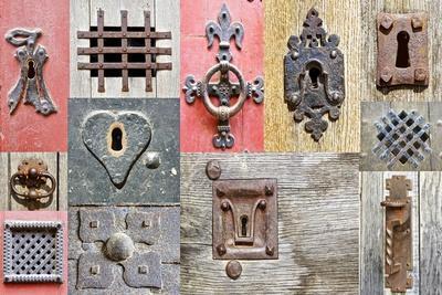https://imgc.allpostersimages.com/img/posters/collage-of-the-fragments-old-doors_u-L-PN1XJG0.jpg?artPerspective=n