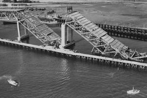 Collapsed Spans of the Second Narrows Bridge