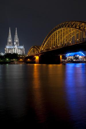 https://imgc.allpostersimages.com/img/posters/cologne-cathedral_u-L-Q1AS2R00.jpg?artPerspective=n