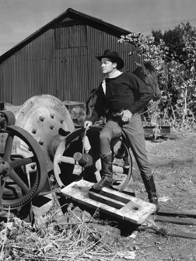 COLORADO TERRITORY, 1949 directed by RAOUL WALSH Joel McCrea (b/w photo)