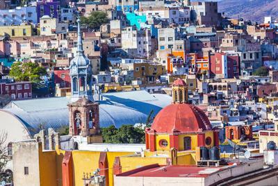 https://imgc.allpostersimages.com/img/posters/colored-houses-iglesia-de-san-roque-market-mercado-hidalgo-guanajuato-mexico_u-L-Q1D0JY30.jpg?p=0