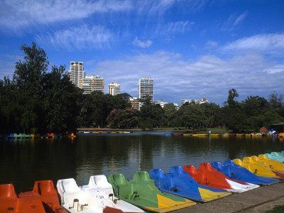 https://imgc.allpostersimages.com/img/posters/colorful-boats-palmero-buenos-aires-argentina_u-L-P2OV5S0.jpg?p=0