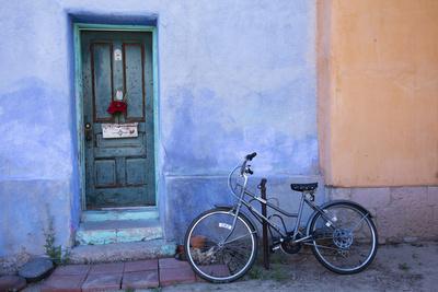 https://imgc.allpostersimages.com/img/posters/colorful-doorway-barrio-historico-district-tucson-arizona-usa_u-L-PN6SO70.jpg?p=0
