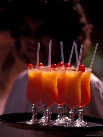 https://imgc.allpostersimages.com/img/posters/colorful-tropical-cocktails-seychelles_u-L-P588040.jpg?p=0