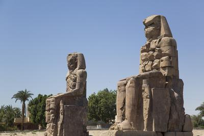 https://imgc.allpostersimages.com/img/posters/colossi-of-memnon-west-bank-thebes-egypt-north-africa-africa_u-L-PWFSZG0.jpg?p=0