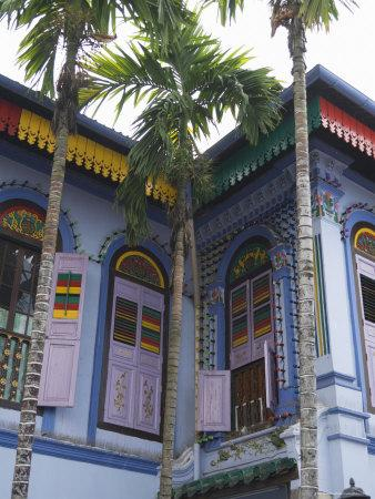 https://imgc.allpostersimages.com/img/posters/colourfully-painted-building-in-little-india-singapore-southeast-asia_u-L-P1K5T20.jpg?artPerspective=n