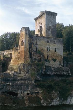 https://imgc.allpostersimages.com/img/posters/commarque-castle_u-L-PP9ZD30.jpg?p=0