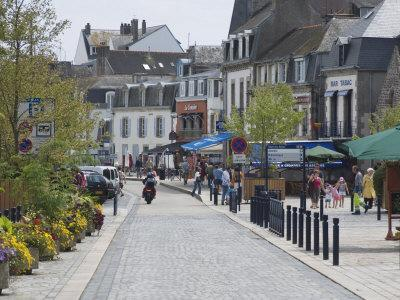https://imgc.allpostersimages.com/img/posters/concarneau-southern-finistere-brittany-france-europe_u-L-P7NW8W0.jpg?p=0