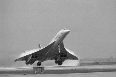https://imgc.allpostersimages.com/img/posters/concorde-on-first-takeoff-from-new-york_u-L-PZODUS0.jpg?p=0