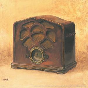 Antique Radio by Conde