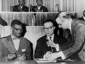 Congo's PM Lumumba and Belgium's Premier Eyskens Sign Act of Independence, 1960