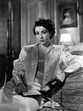 CONSPIRATOR, 1949 directed by VICTOR SAVILLE Elizabeth Taylor (b/w photo)