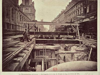 https://imgc.allpostersimages.com/img/posters/construction-of-the-metro-system-along-the-rue-de-rivoli-1898_u-L-P56OXY0.jpg?p=0